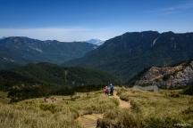 Descending Mt. Hehuan East Peak, Mt. Hehuan, Taiwan (台灣 合歡山 合歡東峰歩道)